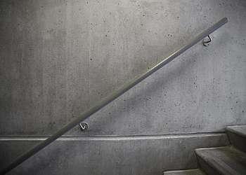 Corrimão de alumínio para parede