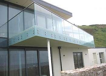 Corrimão de vidro para varanda